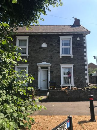 Thumbnail Cottage to rent in Downend Road, Fishponds, Bristol