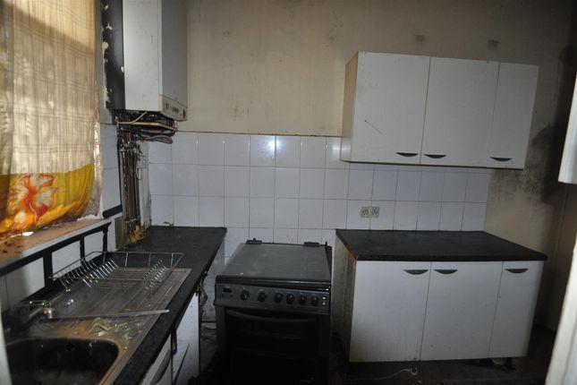 Kitchen of Boynton Street, West Bowling, Bradford BD5