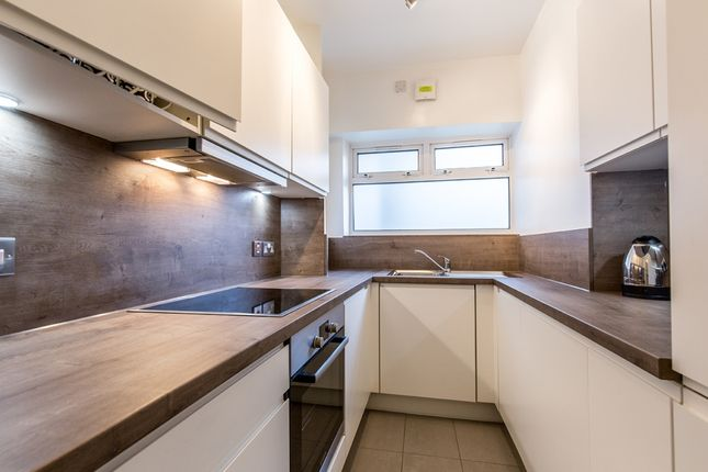 Thumbnail Flat to rent in 235, Willesden Lane, London