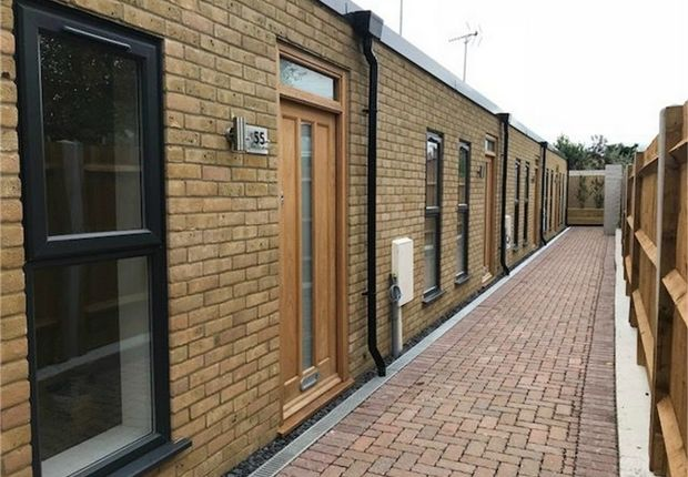 Thumbnail Terraced bungalow to rent in Kneller Road, Twickenham, Middlesex