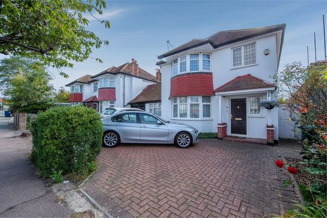 Detached house in  Selvage Lane  London  Watford