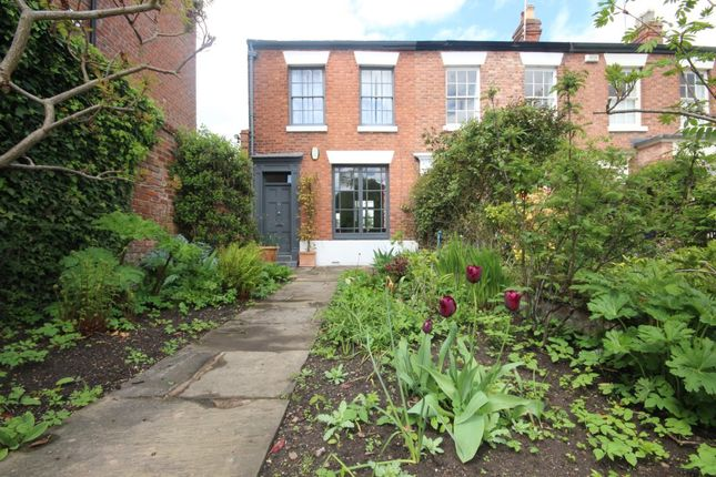 Thumbnail Property to rent in The Groves, Chester