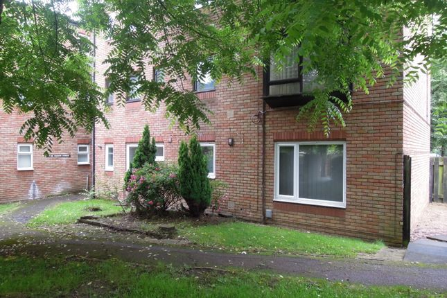 Thumbnail Flat to rent in Baron Court, Stevenage