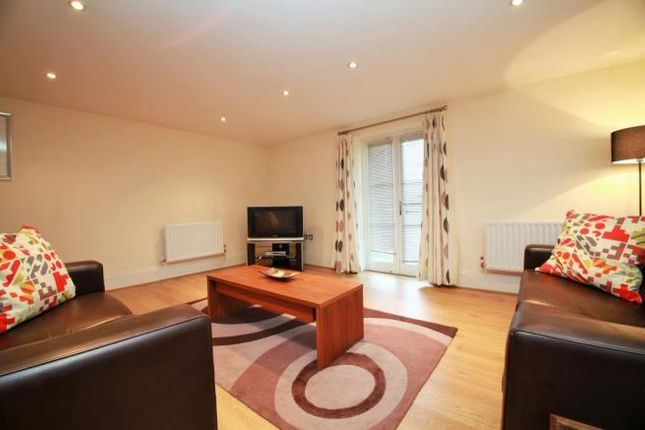 Thumbnail Flat to rent in Kings Road, Flat 1, Reading