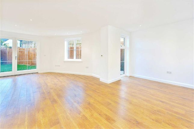 Thumbnail Property for sale in Coliston Passage, Southfields, London
