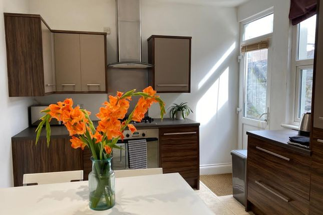 4 bed shared accommodation to rent in Westbourne Road, Peverell, Plymouth PL3