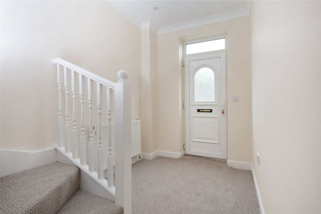 Picture No. 16 of Oakwood Mews, Soothill, Batley, West Yorkshire WF17