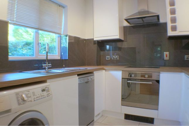 Thumbnail Flat to rent in John Austin Close, Kingston Upon Thames