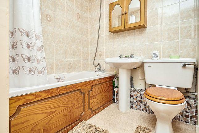 Bathroom of Cleeve Drive, Bransholme, Hull, East Yorkshire HU7