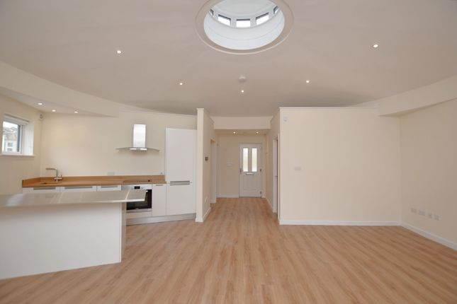 Thumbnail Detached house to rent in Gloucester Road, Horfield, Bristol