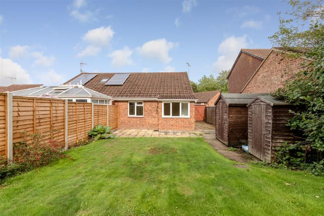 Thumbnail Semi-detached bungalow for sale in Lakemead, Singleton, Ashford