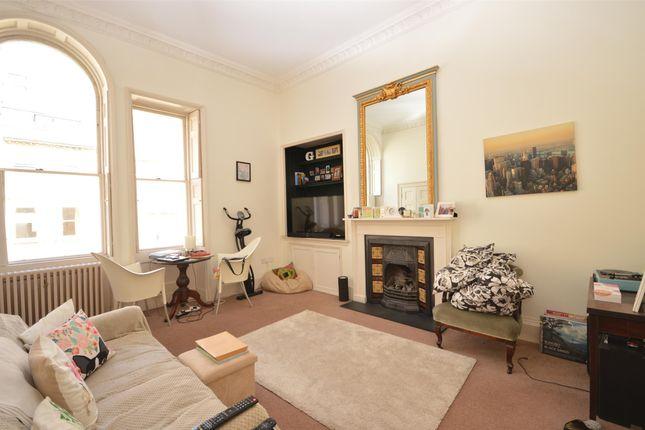 Thumbnail Flat to rent in First Floor Flat, Russel Street, Bath