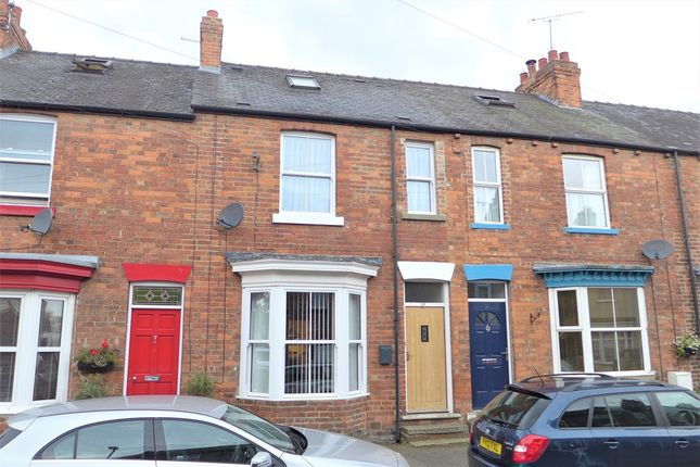 Thumbnail Terraced house to rent in Ash Grove, Ripon