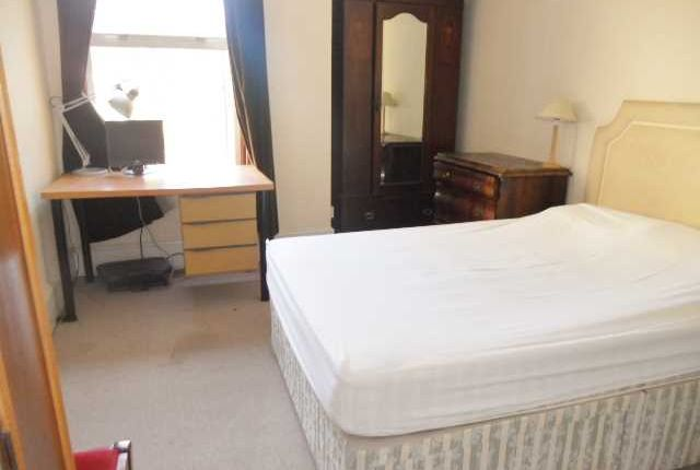 Thumbnail Flat to rent in Natal Road, London