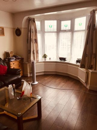 Thumbnail Terraced house to rent in Eastern Avenue, Newbury Park