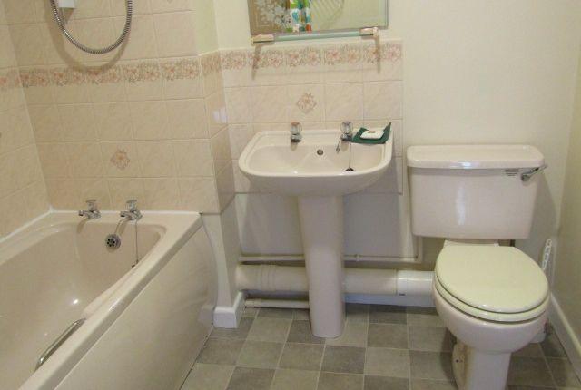 Bathroom of White Friars Lane, St Judes, Plymouth PL4