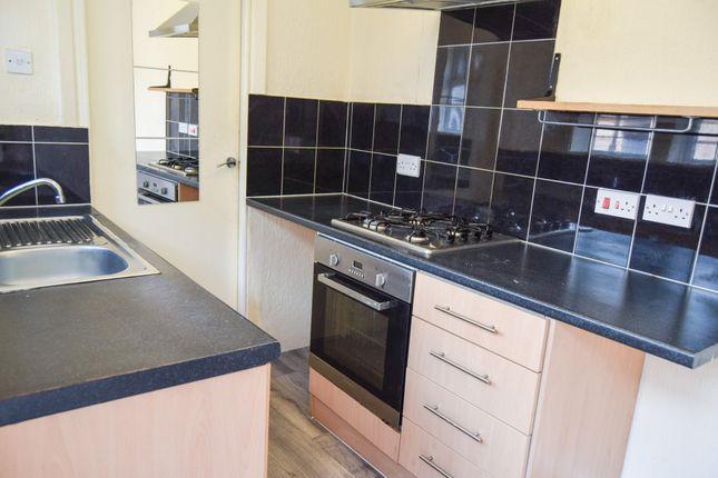 Thumbnail Flat to rent in Edge Lane, Stretford, Manchester