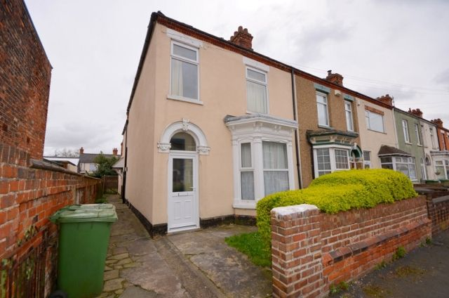 Thumbnail Flat to rent in Algernon Street, Grimsby