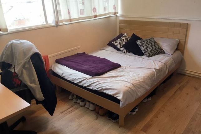 Thumbnail Property to rent in Mayfield Close, Hillingdon, Uxbridge