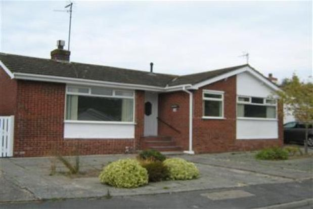Thumbnail Detached bungalow to rent in Tir Estyn, Deganwy, Conwy