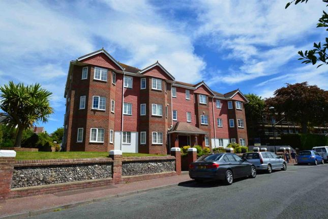 2 bed flat for sale in Selwyn Road, Eastbourne