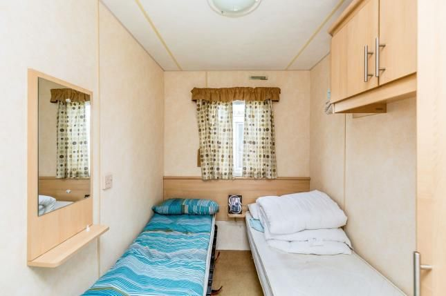 Bedroom 3 of Birdlake Pastures, Billing Aquadrome, Northampton, Northamptonshire NN3
