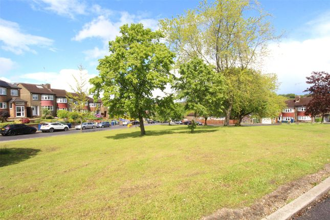 Thumbnail Bungalow for sale in Rushdene Avenue, East Barnet