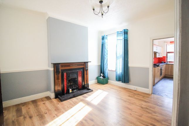 Dining Room of Earlesmere Avenue, Balby, Doncaster DN4