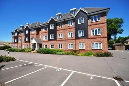 Thumbnail Flat to rent in Cadwell Green, Hitchin, Hertfordshire