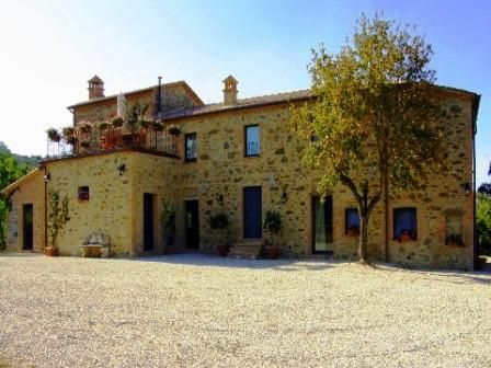 Hotel/guest house for sale in Restored Country House + B&B, Siena, Tuscany