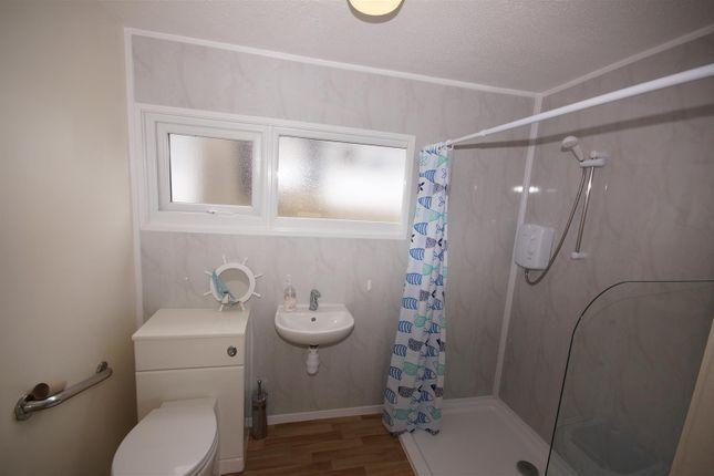 Shower Room of Bideford Bay Holiday Park, Bucks Cross, Bideford EX39
