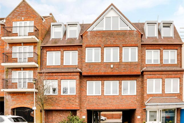 Thumbnail Flat for sale in Portland House, Station Road, Gerrards Cross
