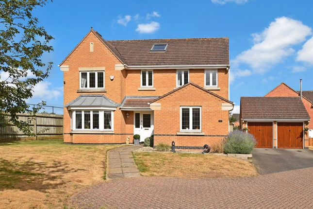 Thumbnail Detached house for sale in Primrose Drive, Bicester