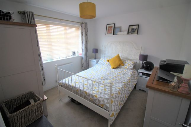 Bedroom Two of Drovers Close, Balsall Common, Coventry CV7