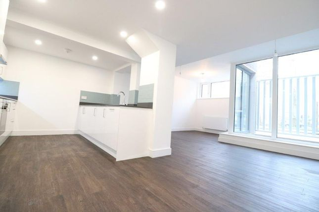 Thumbnail Maisonette to rent in Goldington Crescent, Kings Cross, London