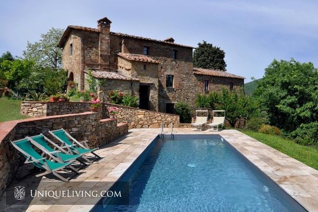 5 bed villa for sale in Siena, Tuscany, Italy