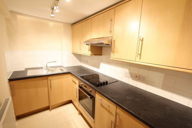 Thumbnail Flat to rent in South Bar Street, Banbury