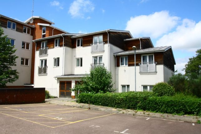 Thumbnail Flat for sale in Lantern Court, Southgate