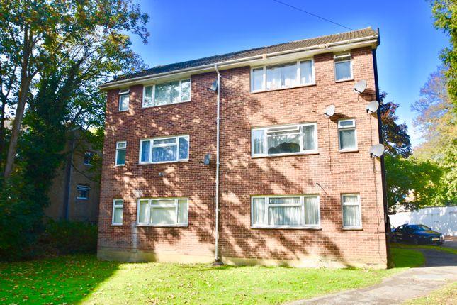 Thumbnail Flat for sale in Weston Lane, Southampton