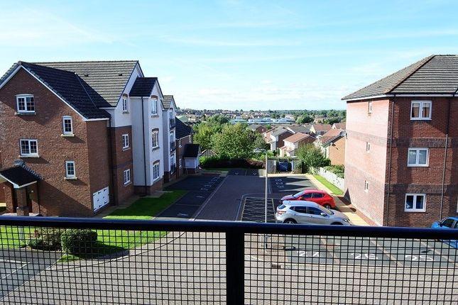 Thumbnail Flat to rent in Pennine View Close, Carlisle
