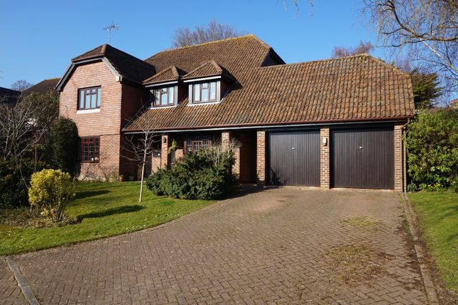 Thumbnail Detached house for sale in Morris Way, Pulborough