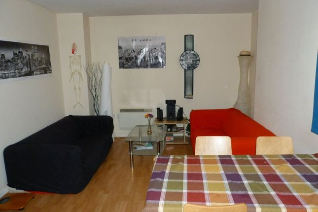 Thumbnail Flat to rent in St. Mary Street, Cardiff