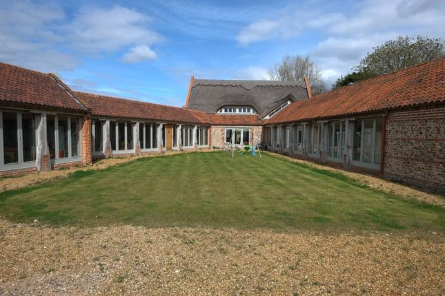 Thumbnail Barn conversion to rent in Old Hall Road, North Walsham