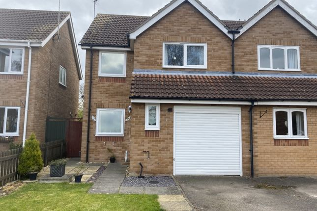 3 bed semi-detached house for sale in Curlew Avenue, Chatteris PE16