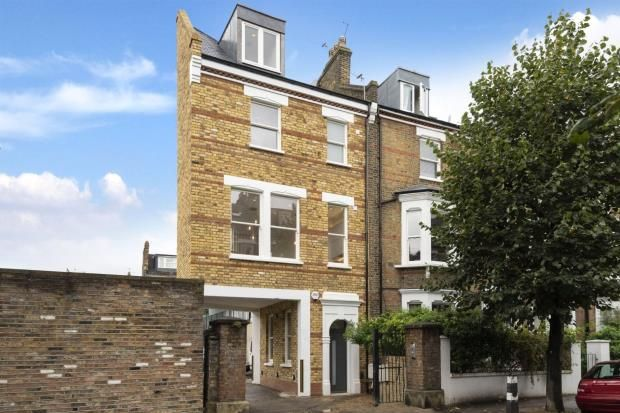 Thumbnail End terrace house for sale in Estelle Road, South End Green, London