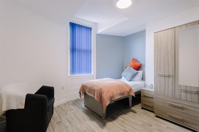 Room to rent in John Street, Hull HU2
