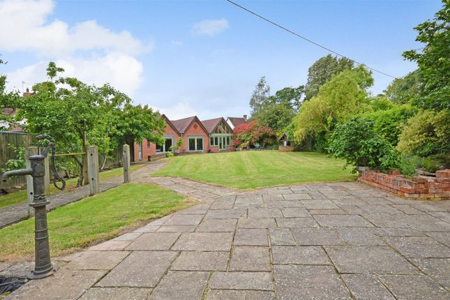 Thumbnail Barn conversion for sale in Washbrook Lane, Allesley, Coventry