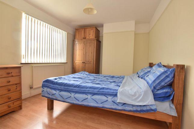 Property Image 4 of Garsington Road, Cowley, Oxford OX4