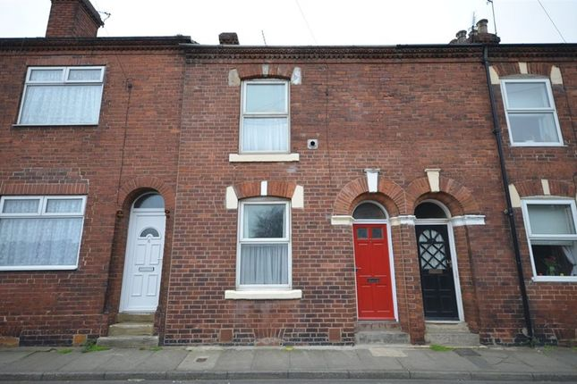 Thumbnail Terraced house to rent in Mill Lane, Castleford