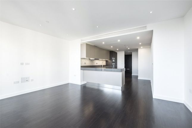 Thumbnail Flat for sale in Kingwood Gardens, Goodman Fields, Aldgate, London